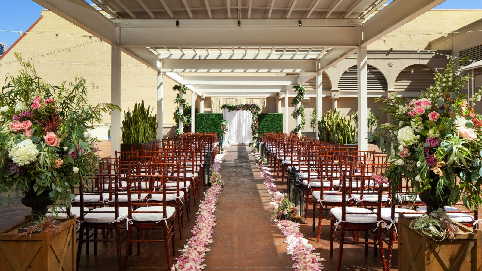 San diego wedding venue the westin gaslamp quarter hotel san diego weddings garden terrace junglespirit